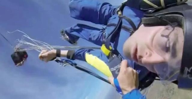 Skydiver survives seizure during jump (Video)