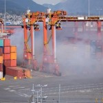 Trichloroisocyanuric acid burning at Port Metro Vancouver (Video)