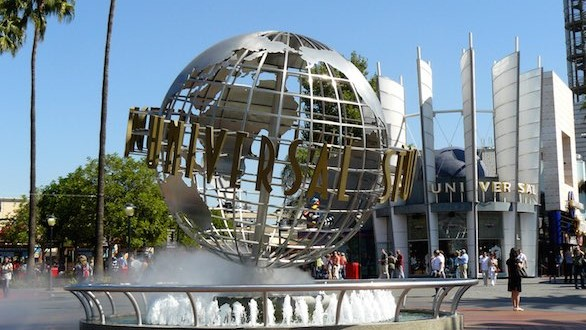 Suicide reported at Universal Studios Theme Park