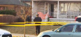 Woman found dead at North York porch fire (Video)