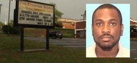 Quentin Wright in Custody : US Teacher allowed sex in classroom (Video)