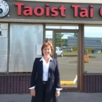 Christy Clark : BC premier criticized for tweet calling out 'yoga haters'