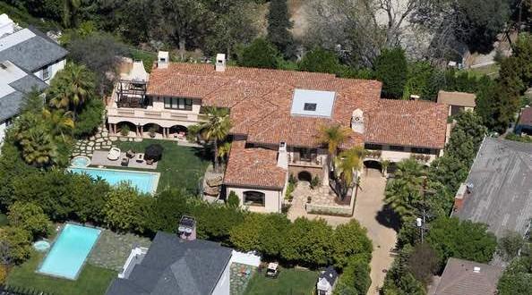 Miley Cyrus Sells Family Toluca Lake Mansion Canada