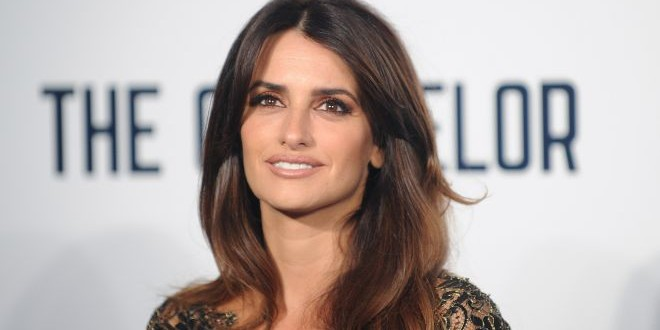 Penelope Cruz's father dies at age 62 after suffering a fatal heart attack