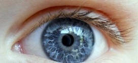 Alcoholism, Eye Color link? Blue Eyes Linked To Higher Risk Of Alcohol Dependence In 'New Study'