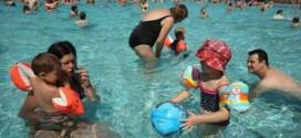 Cryptosporidium : Parasite found in swimming pools could be fatal