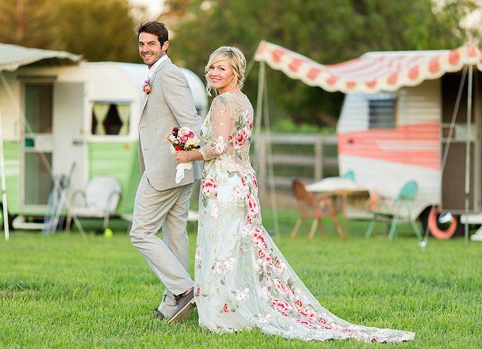 Jennie Garth Wedding Dress See Gorgeous Gown Romantic Ceremony