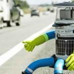 HitchBOT Destroyed : robot vandalized in Philadelphia, fans outraged worldwide