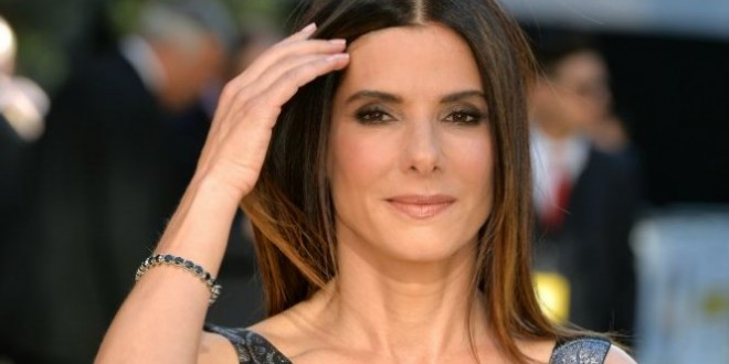 Sandra Bullock Is Reportedly Dating A Super Hot Photographer Video