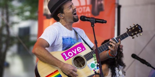 Jason Mraz, Christina Carano Married: Singer Marries Girlfriend in Secret Virginia Ceremony 'Photo'