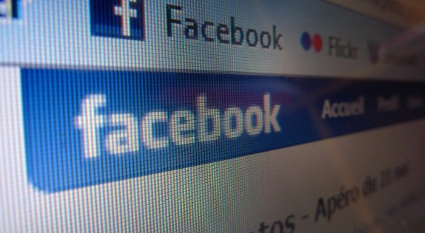 Americans Coming Out on Facebook in Record Numbers 'Report'