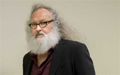 "Randy Quaid: Hollywood actor arrested crossing US-Canadian border ""Video"""