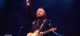 Tom Petty: 'Singer' addresses past heroin addiction in new biography