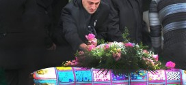 """""""Baby Doe"""" Bella Bond laid to rest after funeral"""