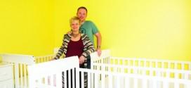 Mahalia Meeuwsen gives birth to rare identical triplets