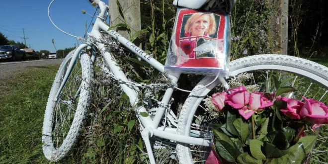 Ottawa councillors approve six-month limit for roadside memorials