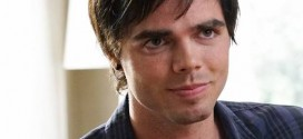 Reid Ewing: Modern Family Star Nonchalantly Reveals He's Gay Via Twitter