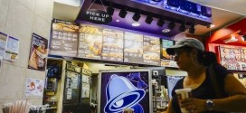 Taco Bell to switch to cage-free eggs after 2016, Report