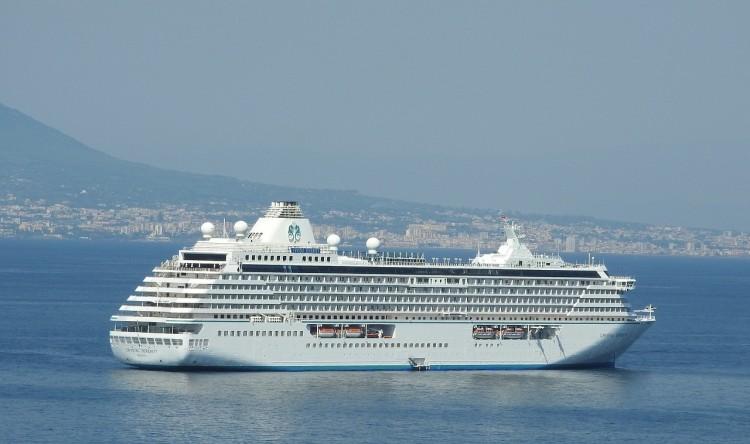 Diamond Princess 150 Passengers Contract Norovirus On ...