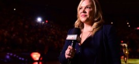 "Holly Rowe: Sports reporter to have second tumor removed from chest ""Report"""
