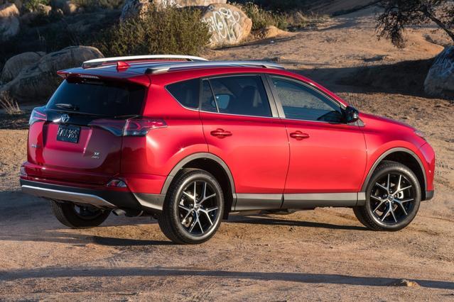 Toyota Camry 2017 Prezzo >> 2017 Rav4 And Rav4 Hybrid Features Toyota Canada | 2017 - 2018 Best Cars Reviews