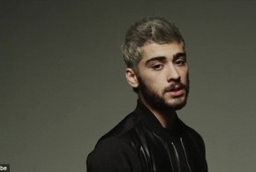 "Zayn Malik: Singer Debuts Even More Sensual Take on ""Pillowtalk"""