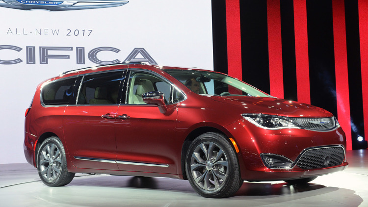 2017 Chrysler Pacifica Fuel Economy Announced Photo Canada Journal News Of The World