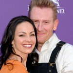 Joey Feek: Country music star dies of cancer at 40, says husband Rory