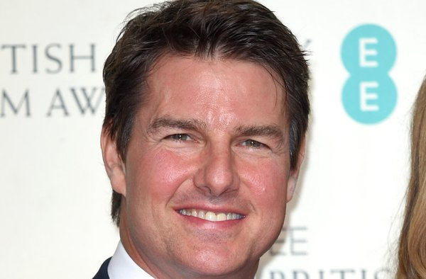 Actor tom cruise moving into scientology uk headquarters canada