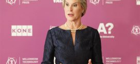 Frances Arnold: US biochemist wins award for rewriting DNA to mimic evolution