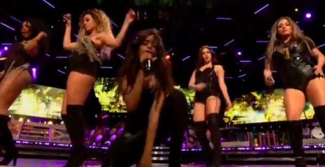 "Fifth Harmony Close Much Music Video Awards With ""Work From Home"" – Watch"