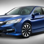 2017 Honda Accord Hybrid: Almost emission-less, almost transmission-less (Video)