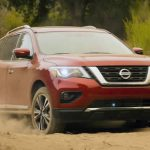 2017 Nissan Pathfinder debuts with new look, more power (Video)