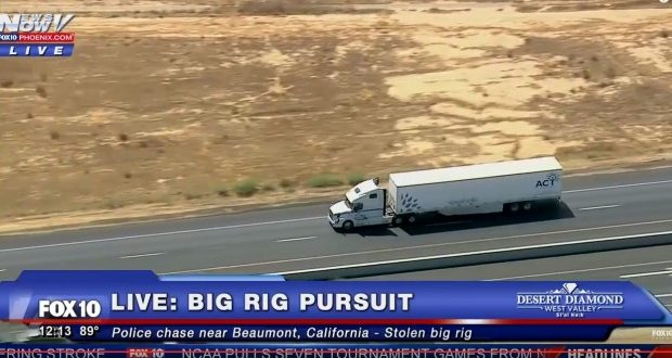 CHP Officers pursuing stolen big rig in Riverside County (WATCH LIVE)