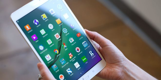 Samsung and BlackBerry create 'spy-proof' tablet for ...
