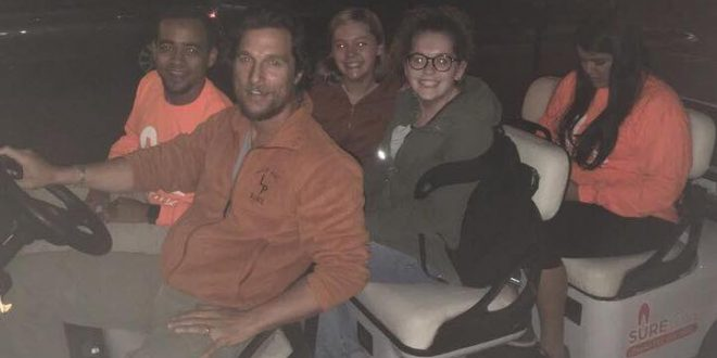 Actor Matthew McConaughey Drove Lucky College Students Home (Photo)