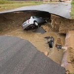 Texas Sinkhole Kills One, Injures Two (Photo)