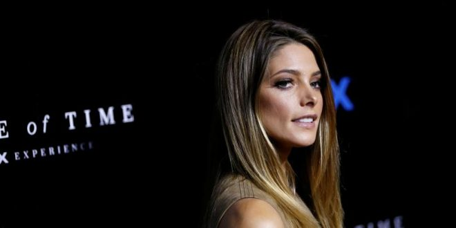 Twilight star Ashley Greene engaged to Boyfriend Paul Khoury in New Zealand