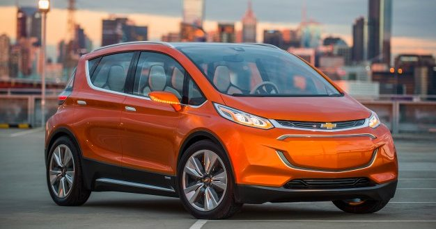 2017 Chevrolet Bolt EV: Car is good, range is real (Video)