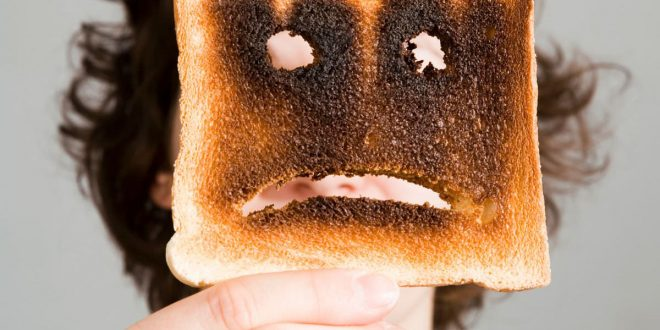 Eating burnt toast 'may increase cancer risk', says new study
