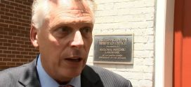 Terry McAuliffe: Virginia Governor Vows to Veto 20-Week Abortion Ban if Passed