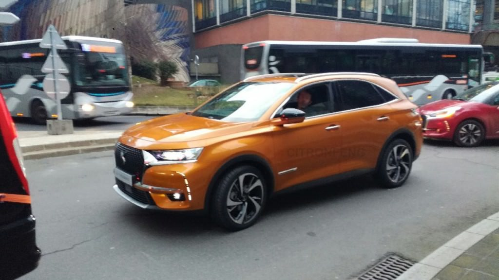 ds7 crossback spotted in china photo canada journal news of the world. Black Bedroom Furniture Sets. Home Design Ideas