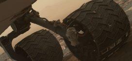 NASA: The Curiosity Mars rover's wheels are starting to break