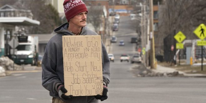 PORTLAND, Maine: New program aims to get panhandlers off streets by offering them work