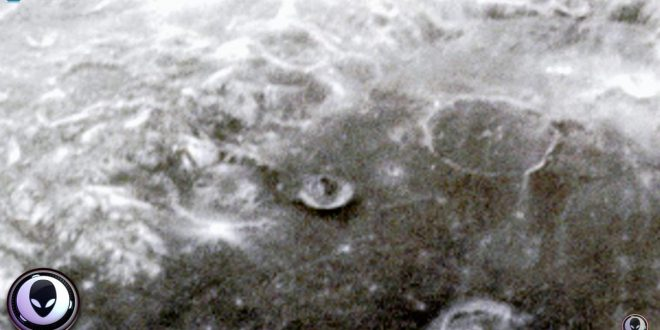 UFO hunter's video 'prove mobile alien bases exist on moon' (Watch)