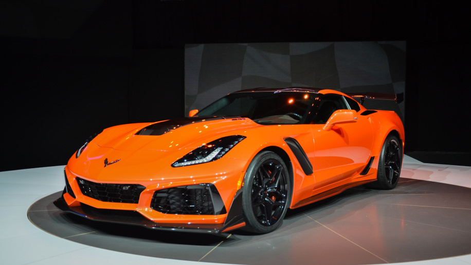 corvette unleashes the 2019 zr1 the most powerful 39 vette ever photo canada journal news. Black Bedroom Furniture Sets. Home Design Ideas