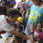 Alicia Keys visits Philippines