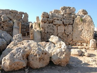Ggantija Temples, Gozo – Malta Tourist attraction (VIDEO – Photo)