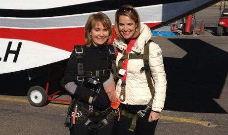 Gabby Giffords Skydives to Celebrate Life (VIDEO)
