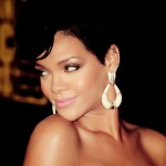 Rihanna gives $200 tip to waiter